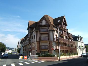 Appartement Deauville &bull; <span class='offer-area-number'>70</span> m² environ &bull; <span class='offer-rooms-number'>3</span> pièces