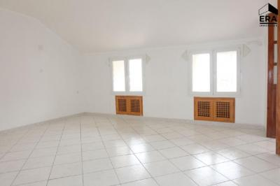 Appartement Bastia &bull; <span class='offer-area-number'>67</span> m² environ &bull; <span class='offer-rooms-number'>4</span> pièces