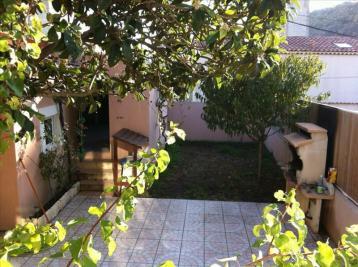 Maison L Estaque &bull; <span class='offer-area-number'>92</span> m² environ &bull; <span class='offer-rooms-number'>4</span> pièces