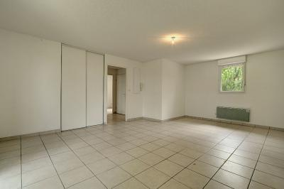 Appartement Leguevin &bull; <span class='offer-area-number'>62</span> m² environ &bull; <span class='offer-rooms-number'>3</span> pièces