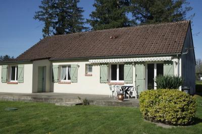 Maison Vouzeron &bull; <span class='offer-area-number'>92</span> m² environ &bull; <span class='offer-rooms-number'>4</span> pièces