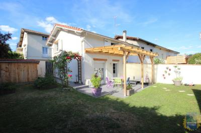 Maison St Galmier &bull; <span class='offer-area-number'>60</span> m² environ &bull; <span class='offer-rooms-number'>3</span> pièces