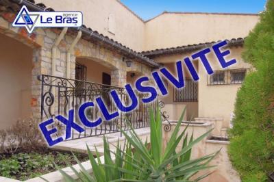 Villa Mougins &bull; <span class='offer-area-number'>255</span> m² environ &bull; <span class='offer-rooms-number'>6</span> pièces