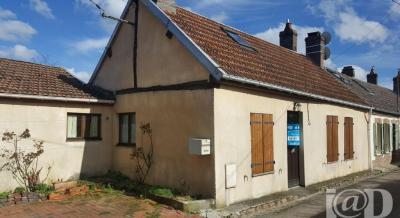 Maison Aix en Othe &bull; <span class='offer-area-number'>75</span> m² environ &bull; <span class='offer-rooms-number'>3</span> pièces