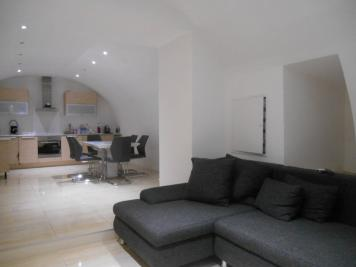 Appartement St Jeannet &bull; <span class='offer-area-number'>65</span> m² environ &bull; <span class='offer-rooms-number'>3</span> pièces