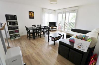 Appartement La Plaine St Denis &bull; <span class='offer-area-number'>80</span> m² environ &bull; <span class='offer-rooms-number'>4</span> pièces