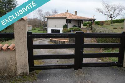 Maison Puyreaux &bull; <span class='offer-area-number'>70</span> m² environ &bull; <span class='offer-rooms-number'>4</span> pièces