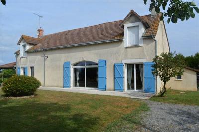 Maison Villedieu sur Indre &bull; <span class='offer-area-number'>200</span> m² environ &bull; <span class='offer-rooms-number'>5</span> pièces