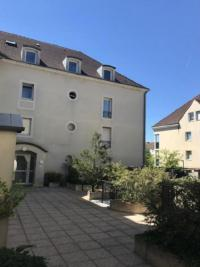 Appartement Bussy St Georges &bull; <span class='offer-area-number'>29</span> m² environ &bull; <span class='offer-rooms-number'>1</span> pièce
