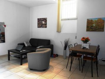 Appartement Cuges les Pins &bull; <span class='offer-area-number'>35</span> m² environ &bull; <span class='offer-rooms-number'>2</span> pièces