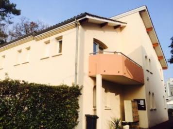Appartement Merignac &bull; <span class='offer-area-number'>70</span> m² environ &bull; <span class='offer-rooms-number'>3</span> pièces