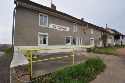 Maison La Clayette &bull; <span class='offer-area-number'>158</span> m² environ &bull; <span class='offer-rooms-number'>7</span> pièces