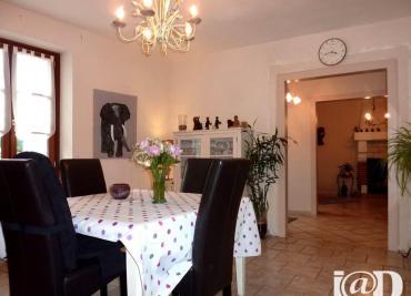 Maison St Dye sur Loire &bull; <span class='offer-area-number'>133</span> m² environ &bull; <span class='offer-rooms-number'>4</span> pièces