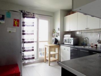 Appartement Villeneuve la Garenne &bull; <span class='offer-area-number'>75</span> m² environ &bull; <span class='offer-rooms-number'>4</span> pièces
