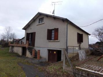 Maison Marcais &bull; <span class='offer-area-number'>200</span> m² environ &bull; <span class='offer-rooms-number'>6</span> pièces