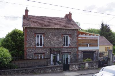 Maison Vernou la Celle sur Seine &bull; <span class='offer-area-number'>96</span> m² environ &bull; <span class='offer-rooms-number'>5</span> pièces