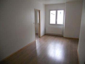 Appartement Issoudun &bull; <span class='offer-area-number'>55</span> m² environ &bull; <span class='offer-rooms-number'>3</span> pièces