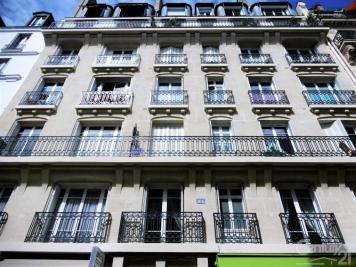 Appartement Paris 16 &bull; <span class='offer-area-number'>9</span> m² environ &bull; <span class='offer-rooms-number'>1</span> pièce