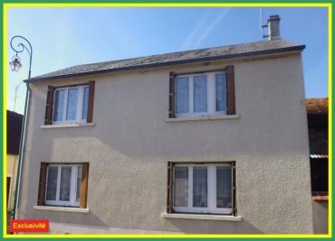 Maison La Guerche sur L Aubois &bull; <span class='offer-area-number'>100</span> m² environ &bull; <span class='offer-rooms-number'>4</span> pièces