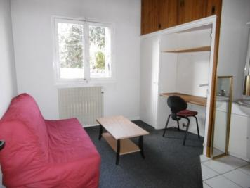 Appartement Orleans &bull; <span class='offer-area-number'>11</span> m² environ &bull; <span class='offer-rooms-number'>1</span> pièce