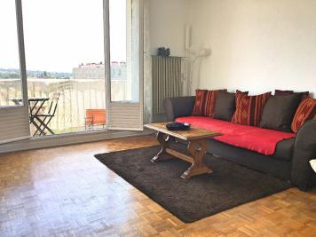 Appartement Lyon 05 &bull; <span class='offer-area-number'>63</span> m² environ &bull; <span class='offer-rooms-number'>3</span> pièces