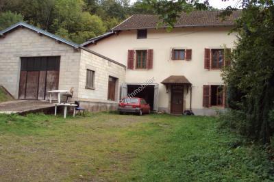 Maison Faucogney et la Mer &bull; <span class='offer-area-number'>200</span> m² environ &bull; <span class='offer-rooms-number'>6</span> pièces