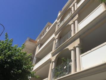 Appartement Hyeres &bull; <span class='offer-area-number'>34</span> m² environ &bull; <span class='offer-rooms-number'>2</span> pièces