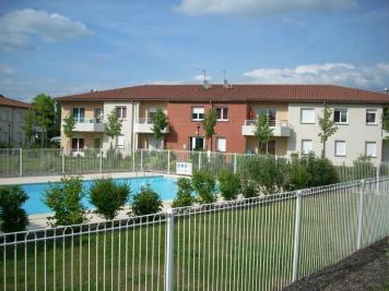Villa Peschadoires &bull; <span class='offer-area-number'>83</span> m² environ &bull; <span class='offer-rooms-number'>4</span> pièces