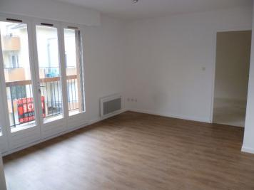 Appartement St Etienne de St Geoirs &bull; <span class='offer-area-number'>40</span> m² environ &bull; <span class='offer-rooms-number'>2</span> pièces