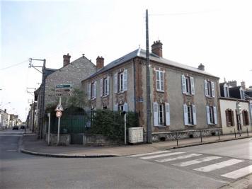 Maison Montargis &bull; <span class='offer-area-number'>158</span> m² environ &bull; <span class='offer-rooms-number'>7</span> pièces