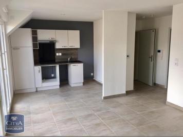 Appartement Amfreville la Mi Voie &bull; <span class='offer-area-number'>55</span> m² environ &bull; <span class='offer-rooms-number'>3</span> pièces