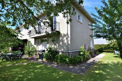 Maison St Paul des Landes &bull; <span class='offer-area-number'>110</span> m² environ &bull; <span class='offer-rooms-number'>4</span> pièces