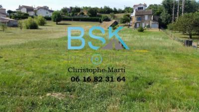 Terrain St Benoit de Carmaux &bull; <span class='offer-area-number'>2 811</span> m² environ