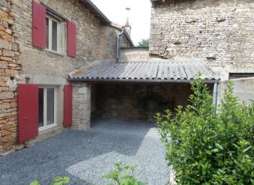 Maison Ste Soline &bull; <span class='offer-area-number'>180</span> m² environ &bull; <span class='offer-rooms-number'>7</span> pièces