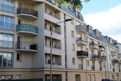 Appartement Cergy &bull; <span class='offer-area-number'>62</span> m² environ &bull; <span class='offer-rooms-number'>3</span> pièces