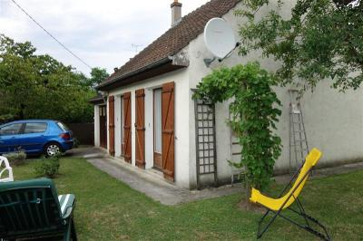 Maison Nogent L Artaud &bull; <span class='offer-area-number'>44</span> m² environ &bull; <span class='offer-rooms-number'>2</span> pièces