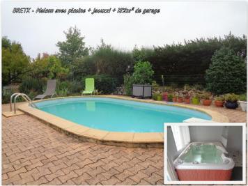 Maison Montaigut sur Save &bull; <span class='offer-area-number'>162</span> m² environ &bull; <span class='offer-rooms-number'>6</span> pièces