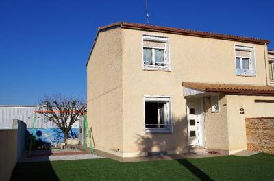 Maison Gagnac sur Garonne &bull; <span class='offer-area-number'>90</span> m² environ &bull; <span class='offer-rooms-number'>4</span> pièces