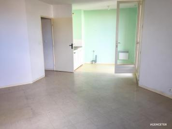 Appartement Clermont l Herault &bull; <span class='offer-area-number'>33</span> m² environ &bull; <span class='offer-rooms-number'>1</span> pièce