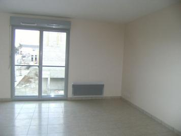 Appartement Trelaze &bull; <span class='offer-area-number'>35</span> m² environ &bull; <span class='offer-rooms-number'>1</span> pièce