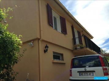 Maison La Destrousse &bull; <span class='offer-area-number'>115</span> m² environ &bull; <span class='offer-rooms-number'>5</span> pièces