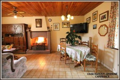 Maison Beauvoir &bull; <span class='offer-area-number'>160</span> m² environ &bull; <span class='offer-rooms-number'>8</span> pièces