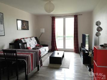 Appartement Lacroix St Ouen &bull; <span class='offer-area-number'>55</span> m² environ &bull; <span class='offer-rooms-number'>3</span> pièces