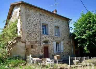 Maison Chateauponsac &bull; <span class='offer-area-number'>80</span> m² environ &bull; <span class='offer-rooms-number'>3</span> pièces