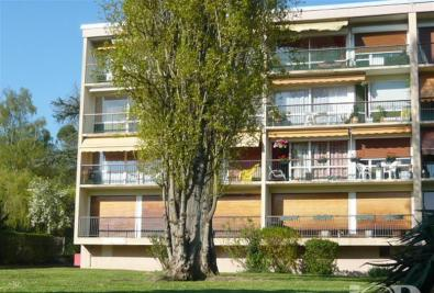Appartement Soisy sur Seine &bull; <span class='offer-area-number'>85</span> m² environ &bull; <span class='offer-rooms-number'>3</span> pièces