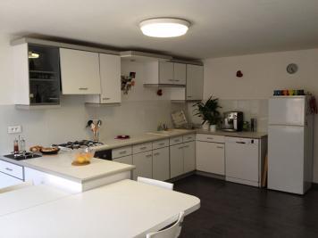 Appartement Cremieu &bull; <span class='offer-area-number'>86</span> m² environ &bull; <span class='offer-rooms-number'>3</span> pièces