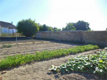 Terrain Chateau du Loir &bull; <span class='offer-area-number'>1 597</span> m² environ