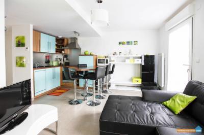 Appartement St Gilles Croix de Vie &bull; <span class='offer-area-number'>45</span> m² environ &bull; <span class='offer-rooms-number'>3</span> pièces