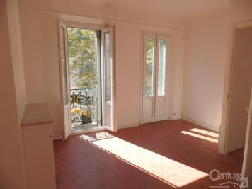 Appartement Toulon &bull; <span class='offer-area-number'>46</span> m² environ &bull; <span class='offer-rooms-number'>3</span> pièces