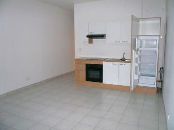 Appartement La Charite sur Loire &bull; <span class='offer-area-number'>44</span> m² environ &bull; <span class='offer-rooms-number'>2</span> pièces